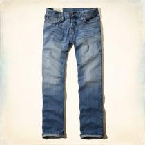 Hollister Jeans Rectos Clásicos - Lavado Claro - Talla 32x32