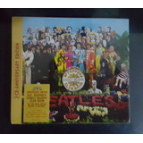 The Beatles- Sgt. Pepper's Lonely Hearts Club Band Deluxe Ed