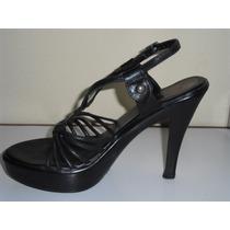 Zapato Sandalias Dama Talla 37 Cuero Negro Taco 9 S/. 30.00