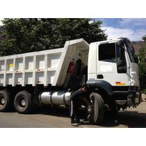 Camion Volquete Trakker 380 Iveco 15 M3