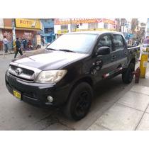Camioneta Toyota Hilux 4x4 Fabricación 2010 Inscrito 2011