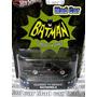 Mad Car Batimovil Batman Hot Wheels Retro Auto 1/64