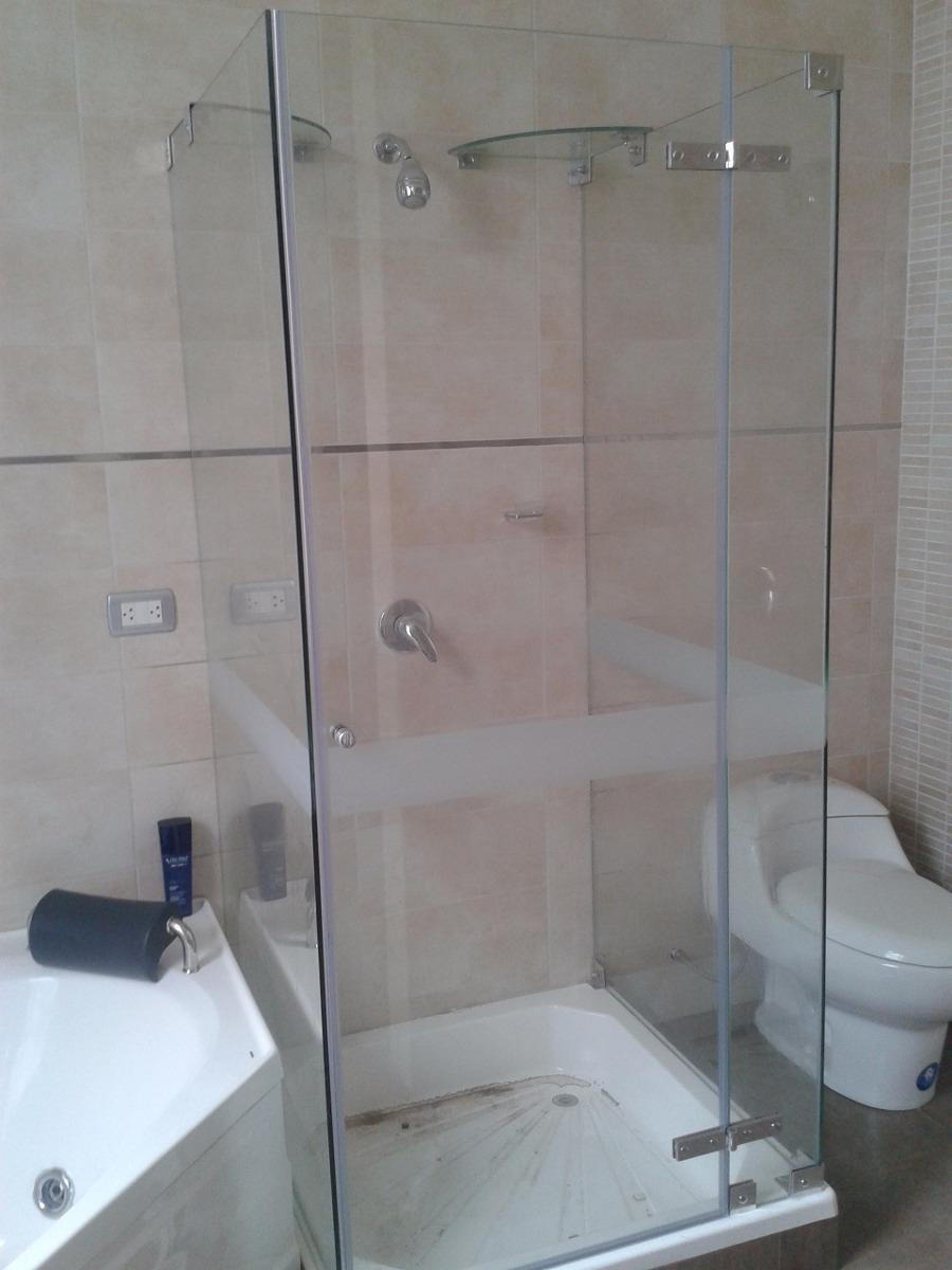 61 modelos de puertas de vidrio para banos puertas for Puertas de cristal para duchas